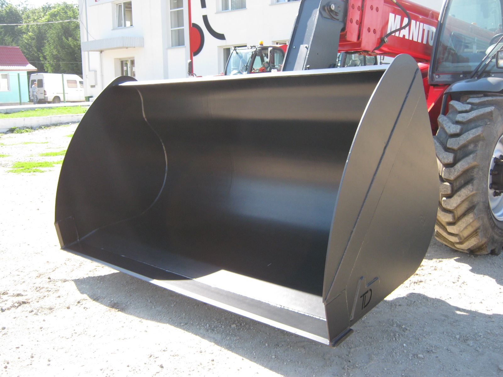 Universal bucket for Manitou 2 m³